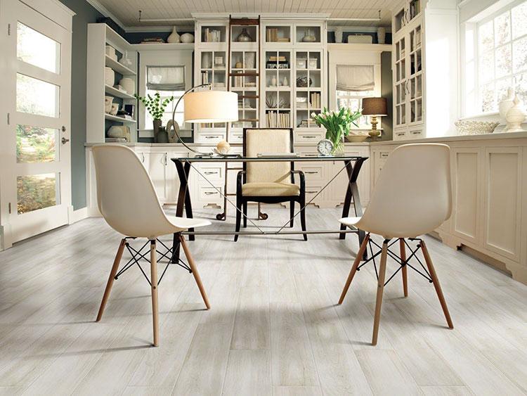 Laminate Flooring St. Louis